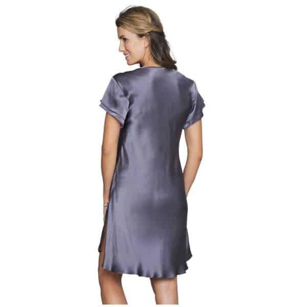 gråblå silke natkjole blonde